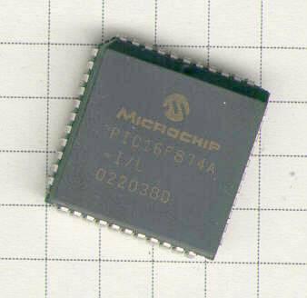 PIC16F874A im PLCC-Gehäuse
